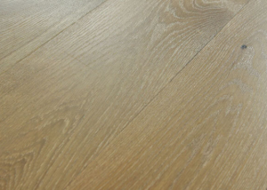 float hardwood floor