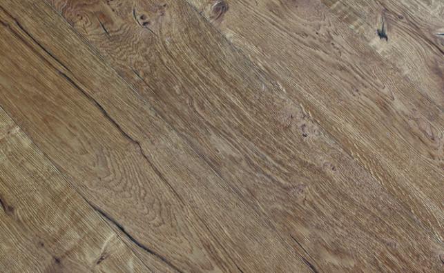 floating hardwood floor