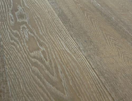 Dark Hardwood Floors AM15