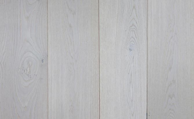 invisible lacquered engineered oak flooring