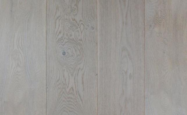 invisible lacquered European oak flooring