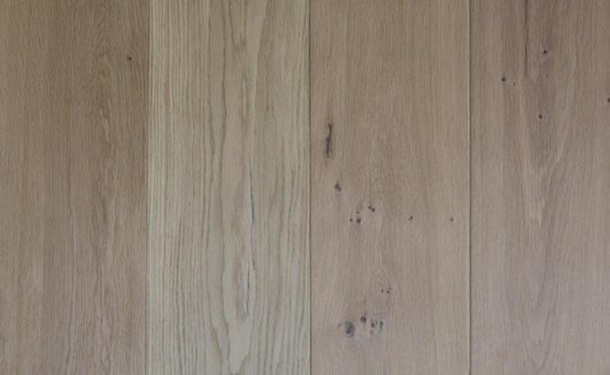 Invisible lacquered European oak wood floor